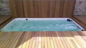 Terrasse-Ipé-avec-fixations-invisibles-Chantier-Quimper-2-300x169
