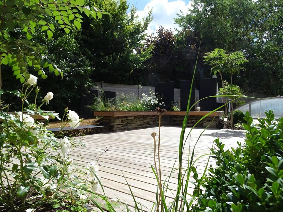 Terrasse-Ipé-avec-fixations-invisibles-Chantier-sur-Bégard-3