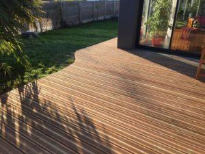 Terrasse-Pin-Sylvestre-Traité-Classe-4-marron-300x225