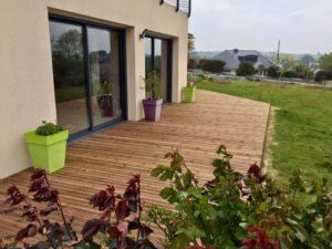 Terrasse-Pin-Sylvestre-Traité-Classe-4-marron-Chantier-sur-Plougonvelin-2-300x225